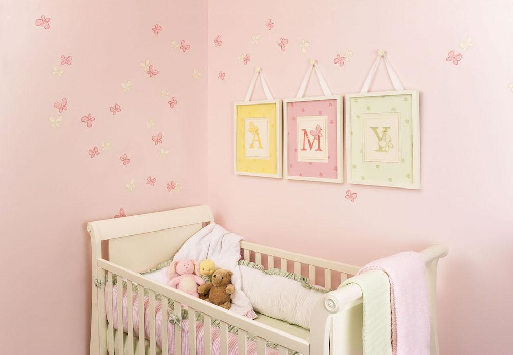 soba za bebe zid