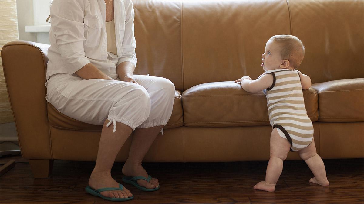 Beba hodanje 8 mjeseci