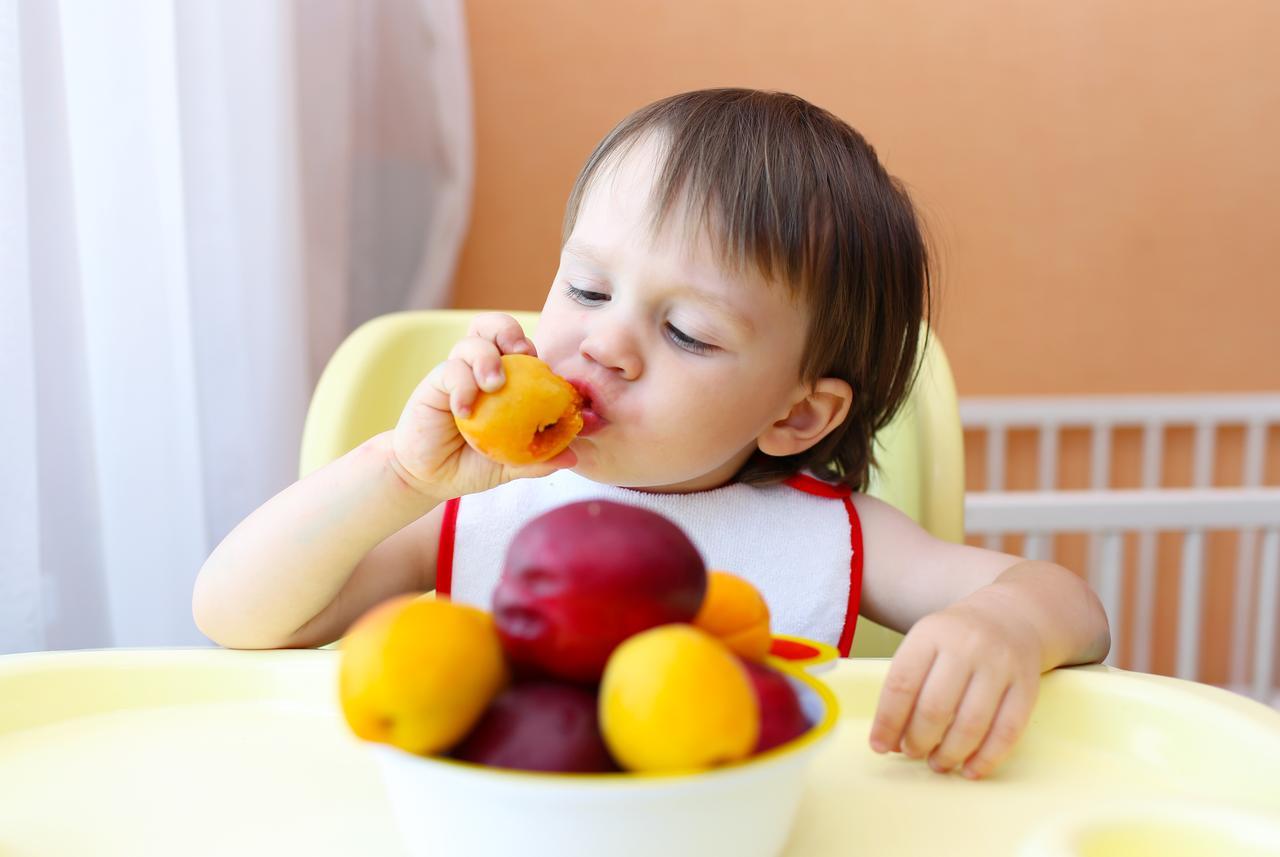 Saveti za uspešno uvođenje čvrste hrane kod beba