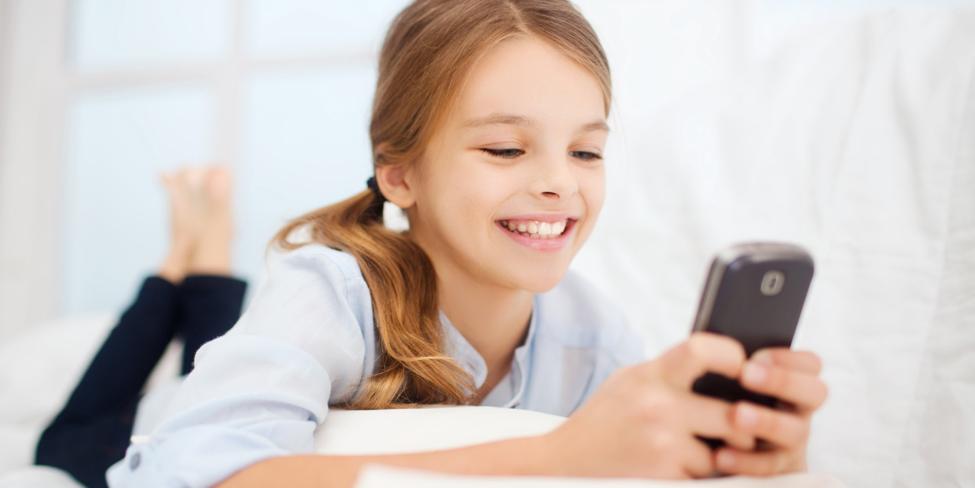Djeca mobilni telefon